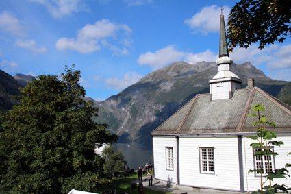 iglesia Geiranger