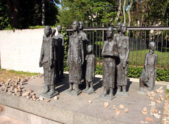 monumento niños judios berlin