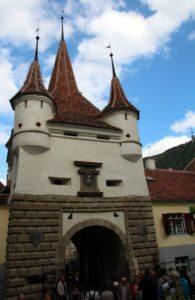 Puerta entrada muralla Brasov