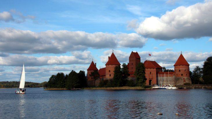 Castillo Trakai lago