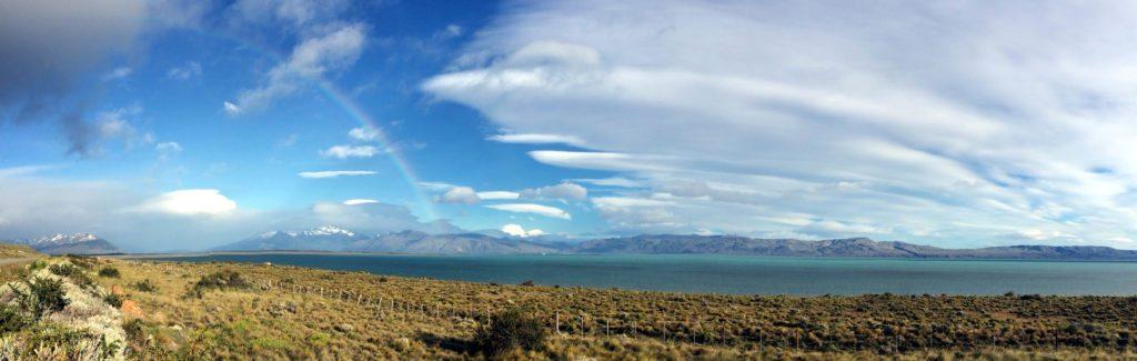Panoramica Lago El Calafate con arcoiris