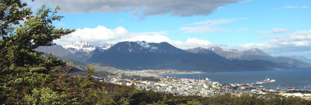 panoramica ushuaia desde Glaciar Martial