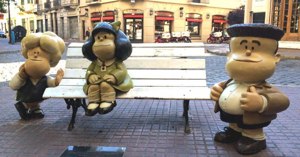 panoramica-banco-con-mafalda-y-sus-amigos-buenos-aires