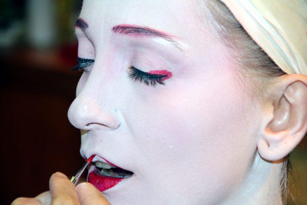 maiko transformacion, detalle maquillaje