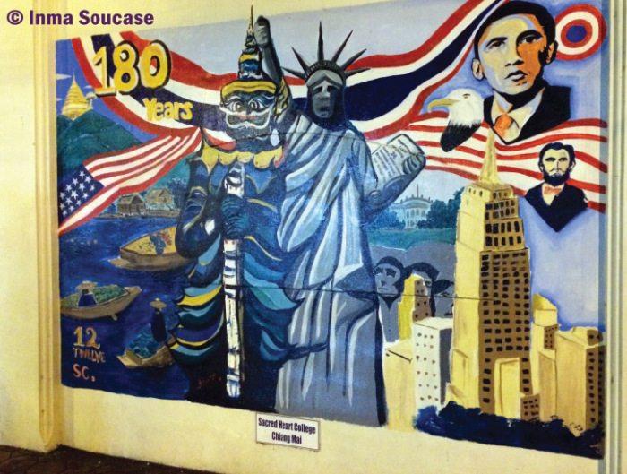 Graffiti muro embajada EE.UU. en Chiang Mai - Tailandia