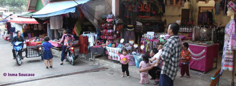 Poblado HMONG - Ban Mong Doipi, calle
