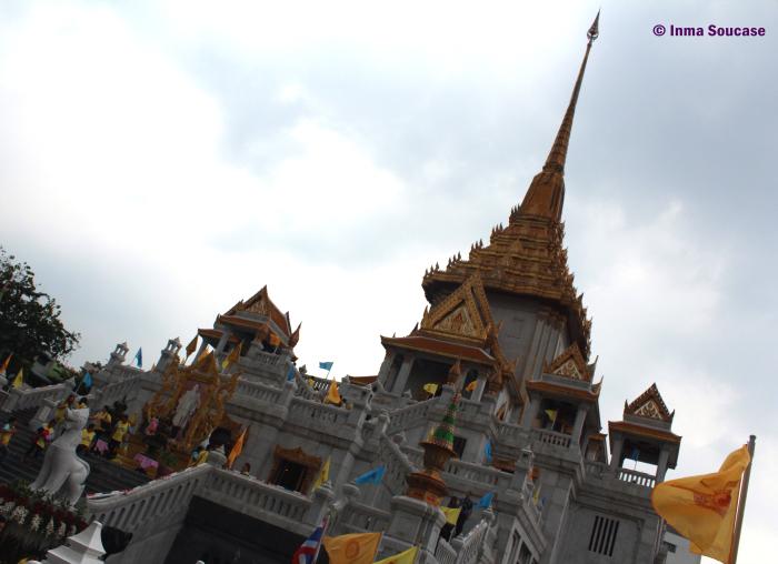 Golden Buda - exterior