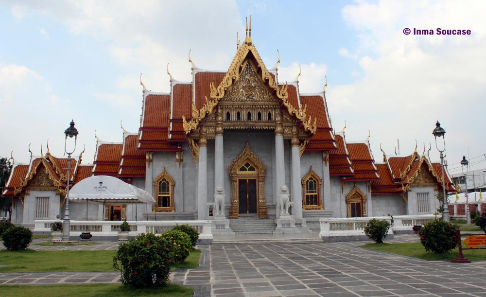 Wat Benchamabophit - exterior