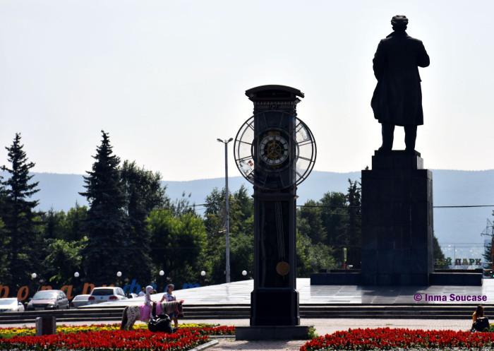 calle-karl-marx-estatua-lenin-krasnoyarsk