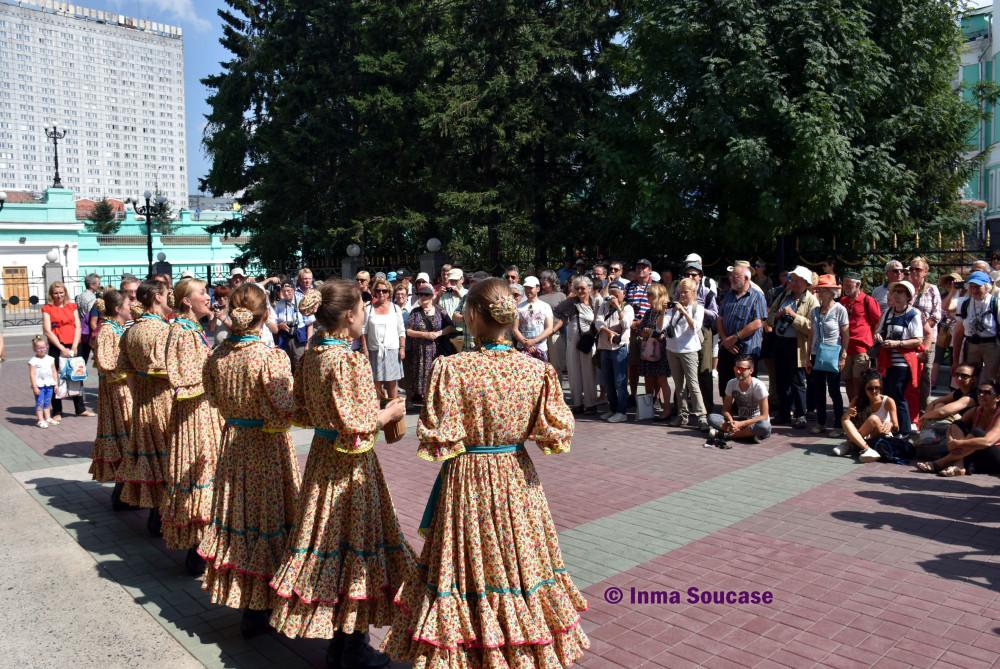 ceremonia-de-sal-y-pan-grupo-novosivirsk
