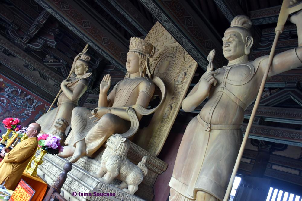 cuevas-de-yungang-templo-ling-yan-04-datong