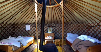interior-yurta-ger-parque-nacional-gorkhi-terelj-mongolia