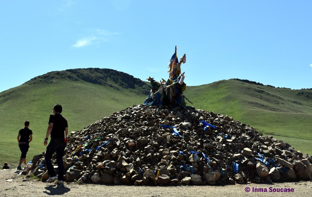 monolito-budista-02-parque-nacional-gorkhi-terelj-mongolia