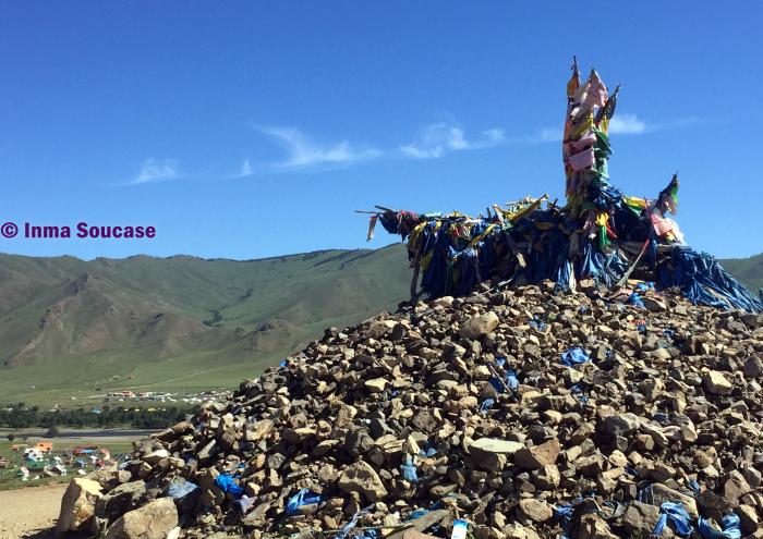 monolito-budista-parque-nacional-gorkhi-terelj-mongolia