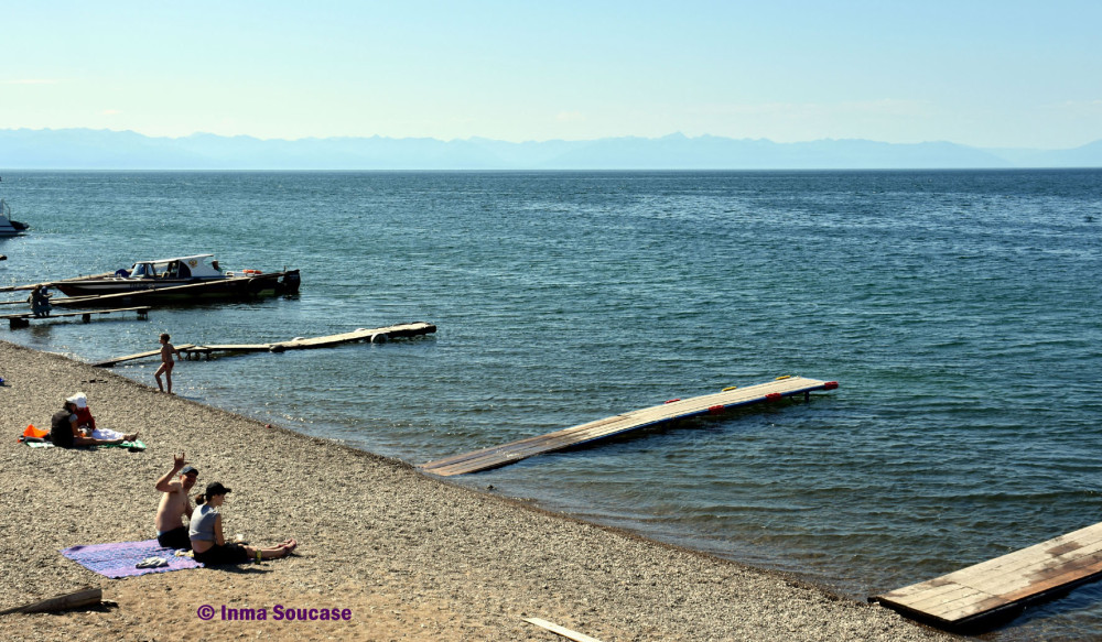 playa-lago-baikal-listvianka