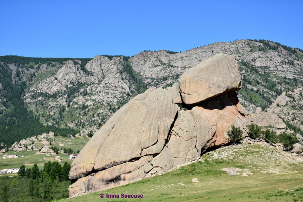 roca-de-la-tortuga-parque-nacional-gorkhi-terelj-mongolia