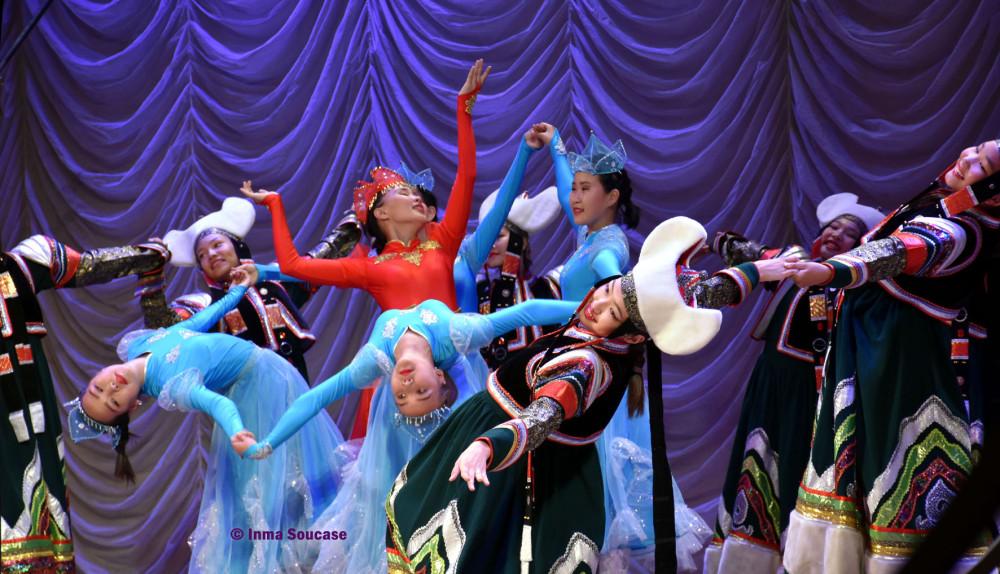 teatro-de-la-opera-y-el-ballet-folklore-ruso-02-ulan-ude