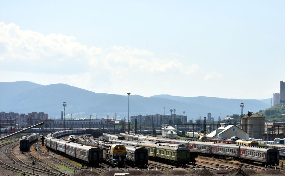 vias-tren-estacion-krasnoyarsk