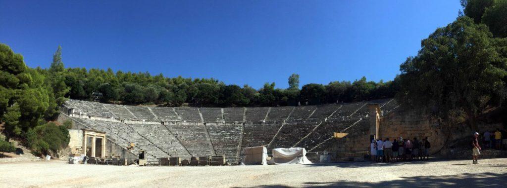 panoramica-teatro-epidauro