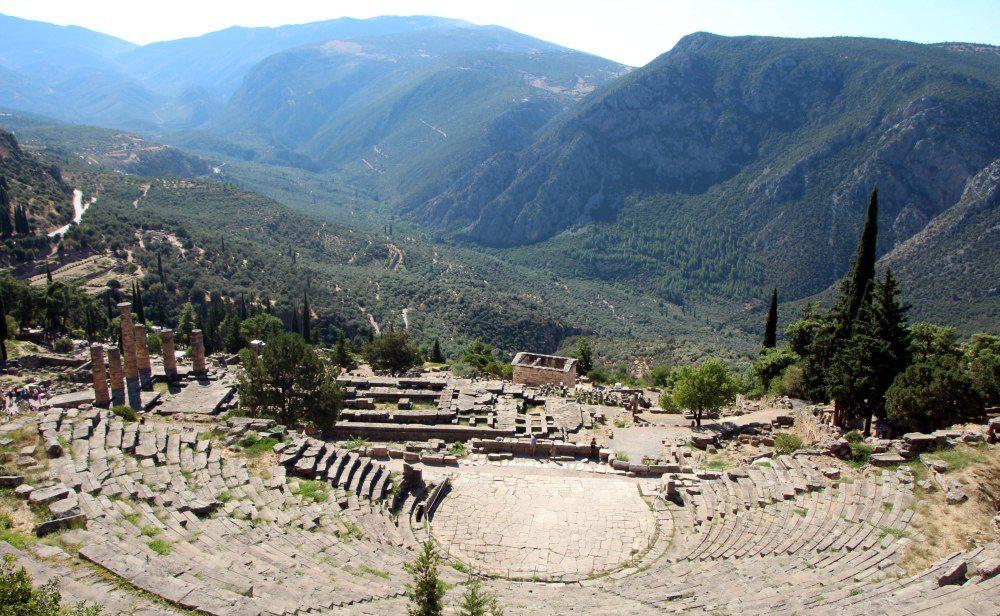 zona-arqueologica-teatro-delfos