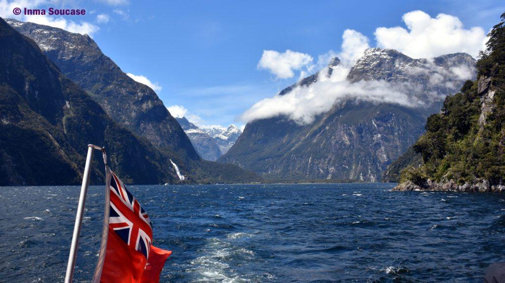 Milford Sound - panoramica vista barco