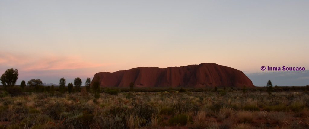 Uluru amanecer