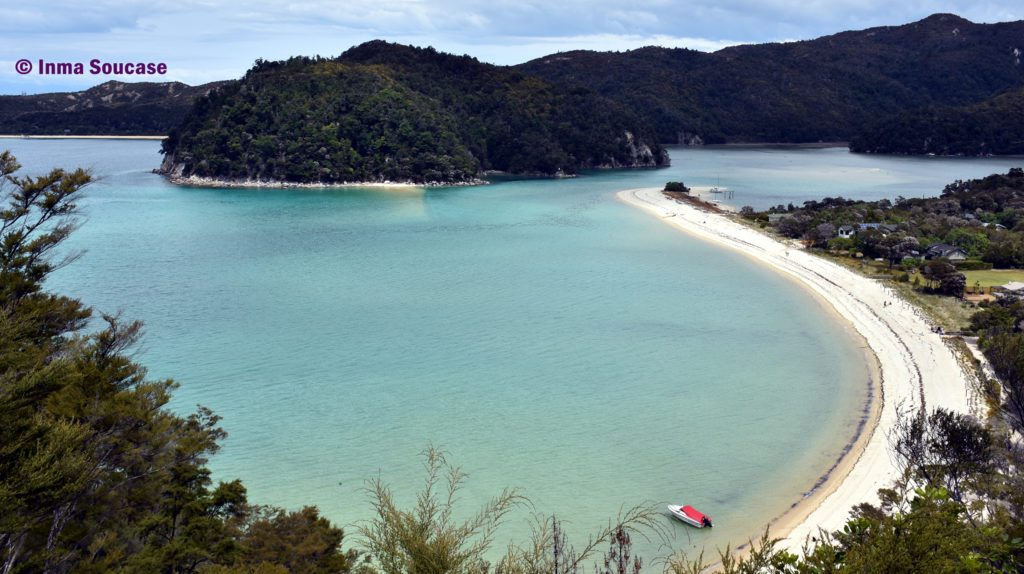 Parque Nacional Abel Tasman Torrent Bay