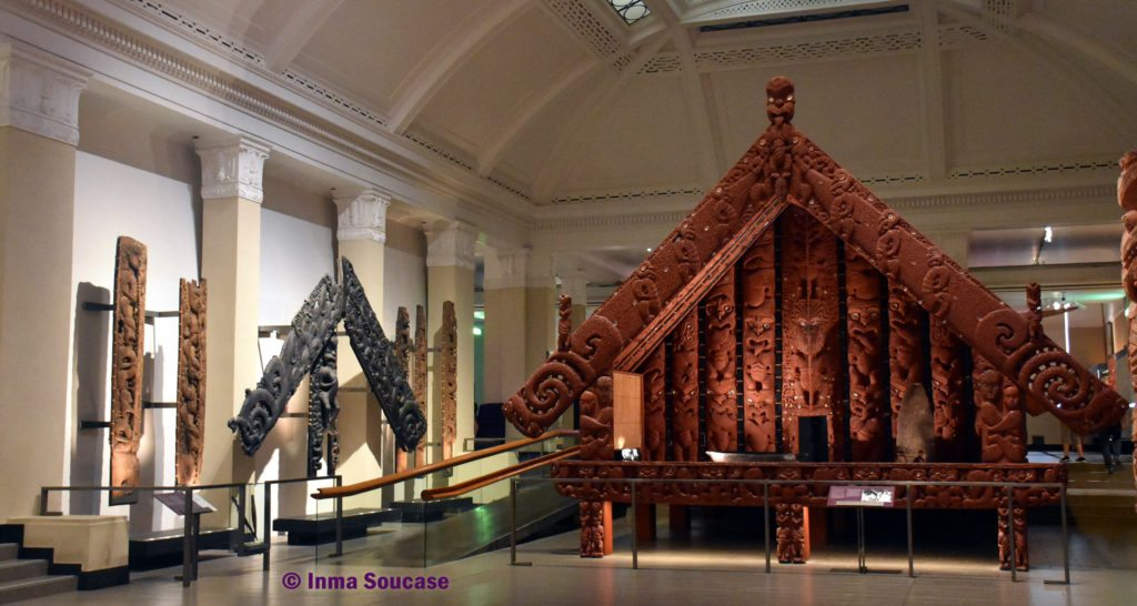 museo-guerra-Auckland-templo