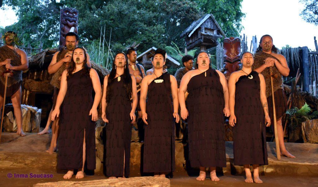 poblado maori espectaculo