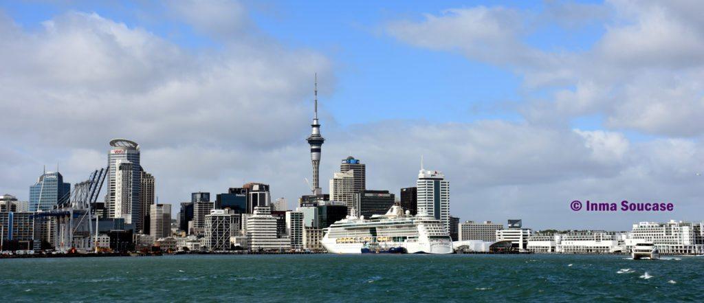 vista-Auckland-ferri
